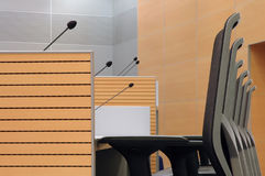 Sillas de la sala de conferencias Imágenes de archivo libres de regalías