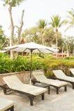Sillas de playa en hotel Imagen de archivo