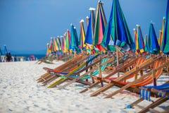 Sillas de playa en la playa Imágenes de archivo libres de regalías