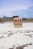 Sillas de playa en la playa del mar Báltico Imágenes de archivo libres de regalías