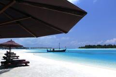 Sillas de playa Maldivas Fotografía de archivo libre de regalías