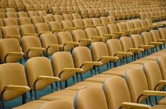 Sillas del auditorio foto de archivo libre de regalías