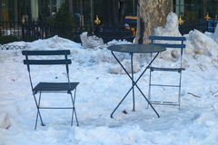 Sillas en la nieve Foto de archivo