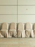 Sillas en la sala de espera en el centro de convenio Fotografía de archivo