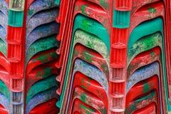 Sillas plásticas rojas Imagen de archivo libre de regalías