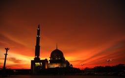 Sillhouette van een masjid royalty-vrije stock fotografie