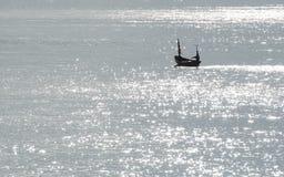 Sillouette do bote Fotografia de Stock