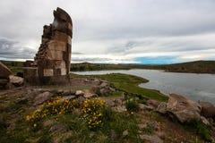 Sillustani-Begräbnis-Turm Stockfoto