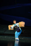 Silna kobieta niesie ciężką ciężaru Jiangxi operę bezmian Obraz Stock