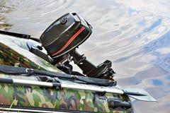Silnik nadmuchiwana gumowa łódź Zdjęcia Royalty Free