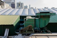 Silnik projektuje pracować z klimatyzacją na górnych piętrach Zdjęcia Stock