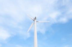 Silnik wiatrowy na wierzchołku góra Zdjęcie Royalty Free