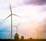 Silnika Wiatrowego gospodarstwo rolne, Wiatrowej energii pojęcie Zdjęcie Royalty Free