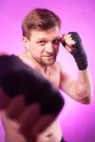 Silny agresywny bokser Zdjęcia Royalty Free