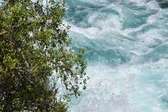 Silny prąd błękitna rzeka obrazy stock