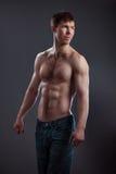 Silny sportowy mężczyzna Zdjęcie Royalty Free
