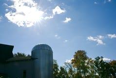 Silo dell'azienda agricola del grano Fotografia Stock Libera da Diritti