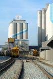 Silo dos cereais e do trem Foto de Stock