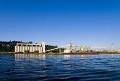 silo för lastkornseattle ship Royaltyfria Bilder