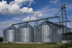 silo lontano agricolo Fotografia Stock Libera da Diritti