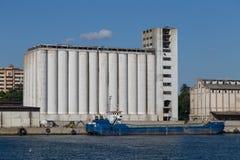 silos Imagen de archivo libre de regalías