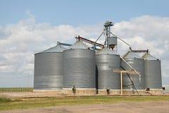 Silos de grão agrícolas Imagens de Stock Royalty Free
