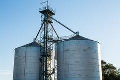 Silos de grain Photos libres de droits