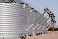 Silos di grano Immagini Stock Libere da Diritti