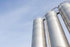 Silos industriale nell'industria chimica Fotografia Stock Libera da Diritti