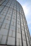 silos moderno per la conservazione del raccolto di grano Fotografie Stock