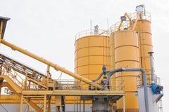 Silos per la produzione del beton Immagini Stock