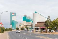Silos und eine Mühle in Malmesbury lizenzfreie stockbilder