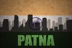 Silueta abstracta de la ciudad con el texto Patna en la bandera del indio del vintage stock de ilustración