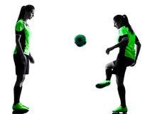 Silueta aislada jugadores de fútbol de las mujeres Imágenes de archivo libres de regalías