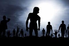 Silueta asustadiza de los zombis Foto de archivo libre de regalías