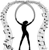 Silueta atractiva de la muchacha con las notas de la música Imagenes de archivo