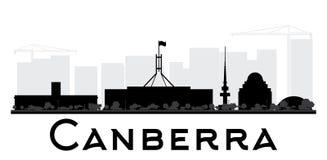 Silueta blanco y negro del horizonte de la ciudad de Canberra