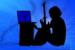 Silueta colorida del muchacho adolescente con la guitarra Imagenes de archivo
