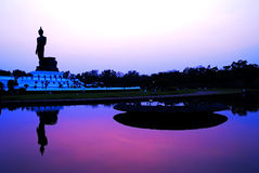 Silueta de Buddha Fotos de archivo libres de regalías