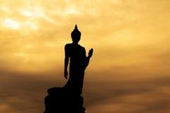 Silueta de Buddha. imagenes de archivo