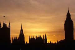 Silueta de casas del parlamento, Londres Imágenes de archivo libres de regalías