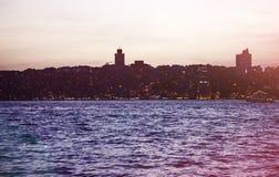 Silueta de Estambul en la puesta del sol Imágenes de archivo libres de regalías