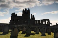 Silueta de la abadía de Whitby Foto de archivo