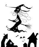 Silueta de la bruja de Víspera de Todos los Santos Imagen de archivo libre de regalías