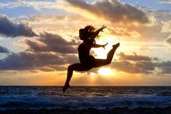 Silueta de la danza Foto de archivo libre de regalías
