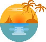 Silueta de la isla con el yate y las palmeras Fotografía de archivo