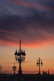 Silueta de la lámpara de calle Foto de archivo