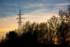 Silueta de la línea eléctrica Imagen de archivo libre de regalías