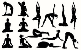 Silueta de la muchacha contratada a yoga Imagenes de archivo