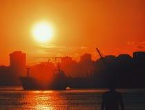 silueta de la puesta del sol del sol Fotografía de archivo libre de regalías